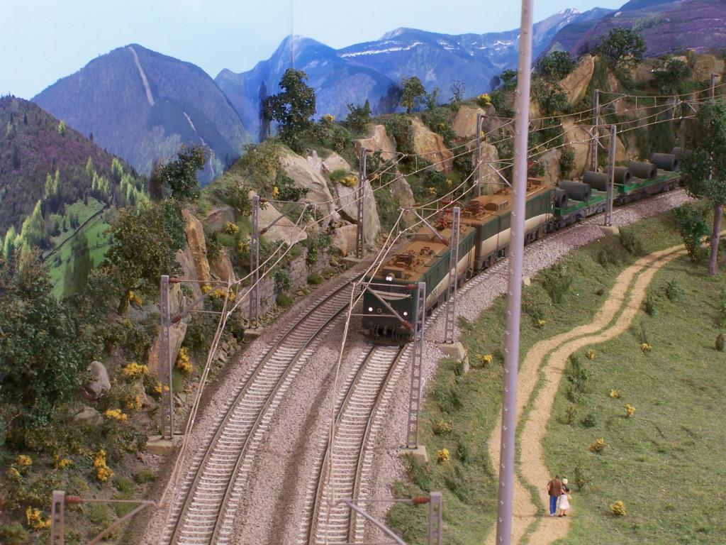Tren Tierra - cimH0